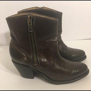 Frye Leslie Boots